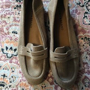 Lucky Brand Suede grey Caviep loafer